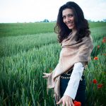 Naturopata e docente di numerologia e floriterapia, floriterapeuta e cristalloterapeuta Roberta Masotino riceve a Cervere, Asti, Alba, Trofarello (Torino) e offre consulenze telefoniche ed online