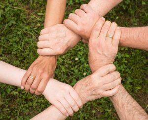 numero 6 amore famiglia cooperazione